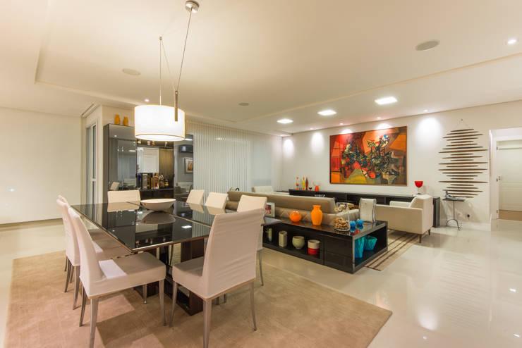 Sala de Jantar:   por CASA Arquitetura e design de interiores,Eclético