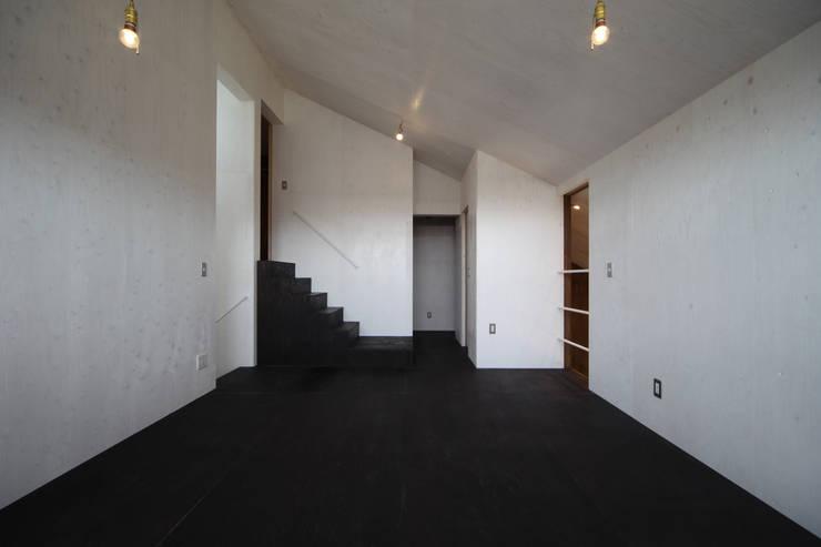 東谷の家: 加門建築設計室が手掛けた和室です。,