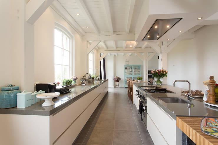 prachtige moderne boerderij keuken par tieleman keukens | homify