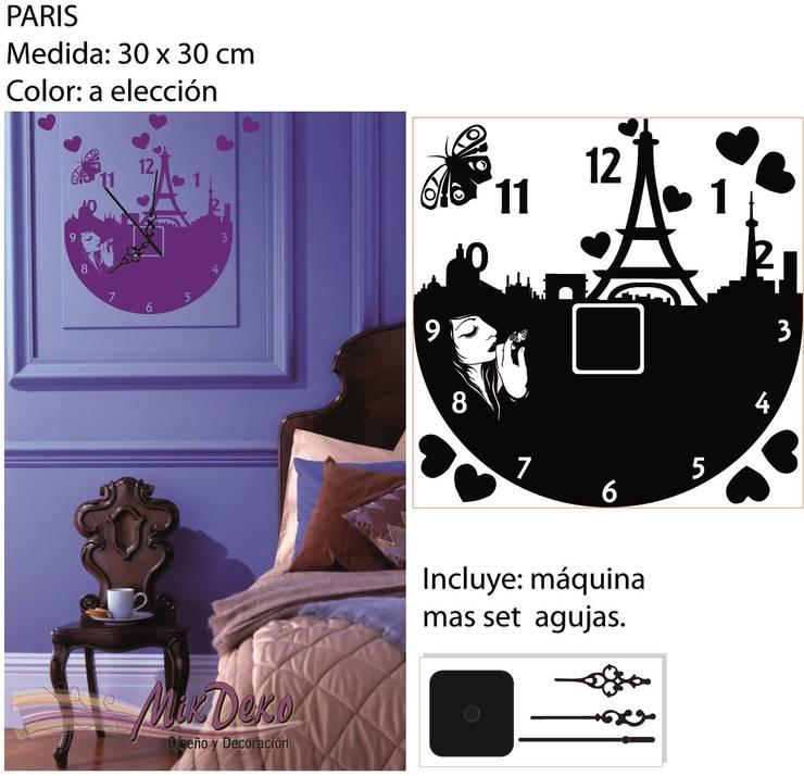 PARIS: Dormitorios de estilo  por MikDeko