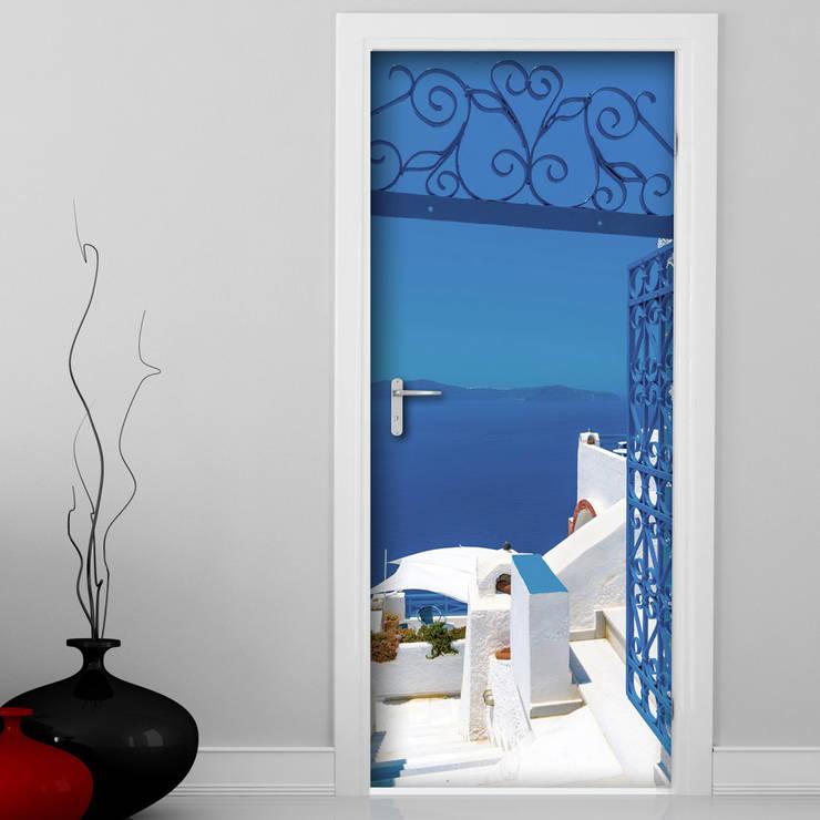 Mykonos: Finestre & Porte in stile  di Crearreda
