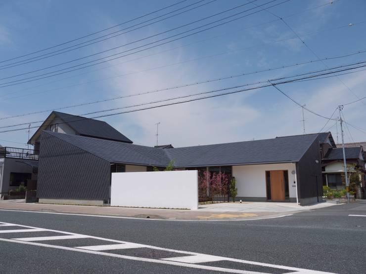 袋井の家 外観: 木名瀬佳世建築研究室が手掛けた家です。
