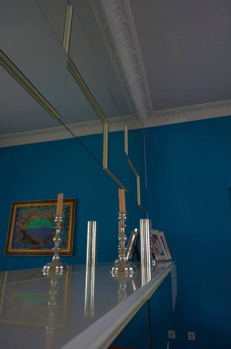 Bozantı Mimarlık – Bebekte Ev:  tarz Oturma Odası, Modern