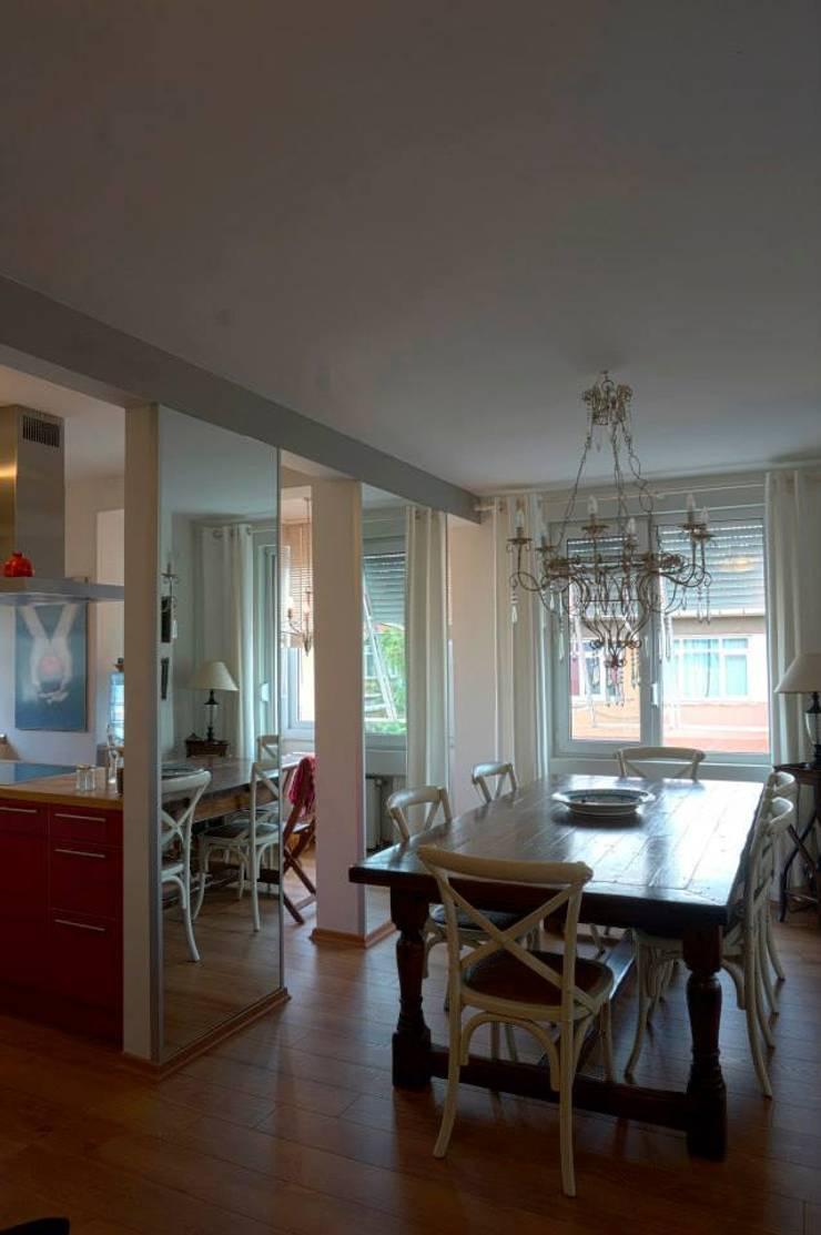 Bozantı Mimarlık – Kalamış'ta Ev:  tarz Yemek Odası, Modern