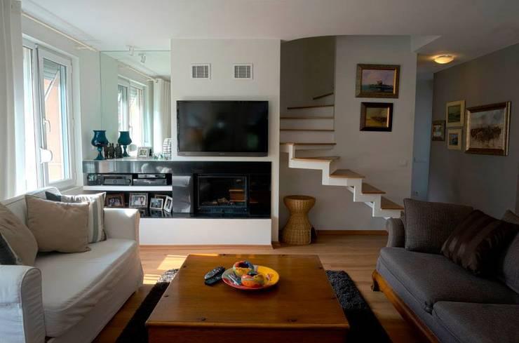 Bozantı Mimarlık – Kalamış'ta Ev:  tarz Oturma Odası, Modern