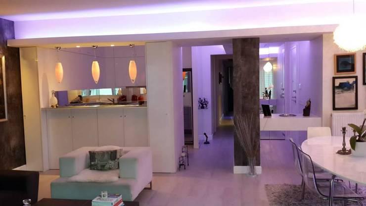 Bozantı Mimarlık – Nişantaşında Ev:  tarz Oturma Odası, Modern