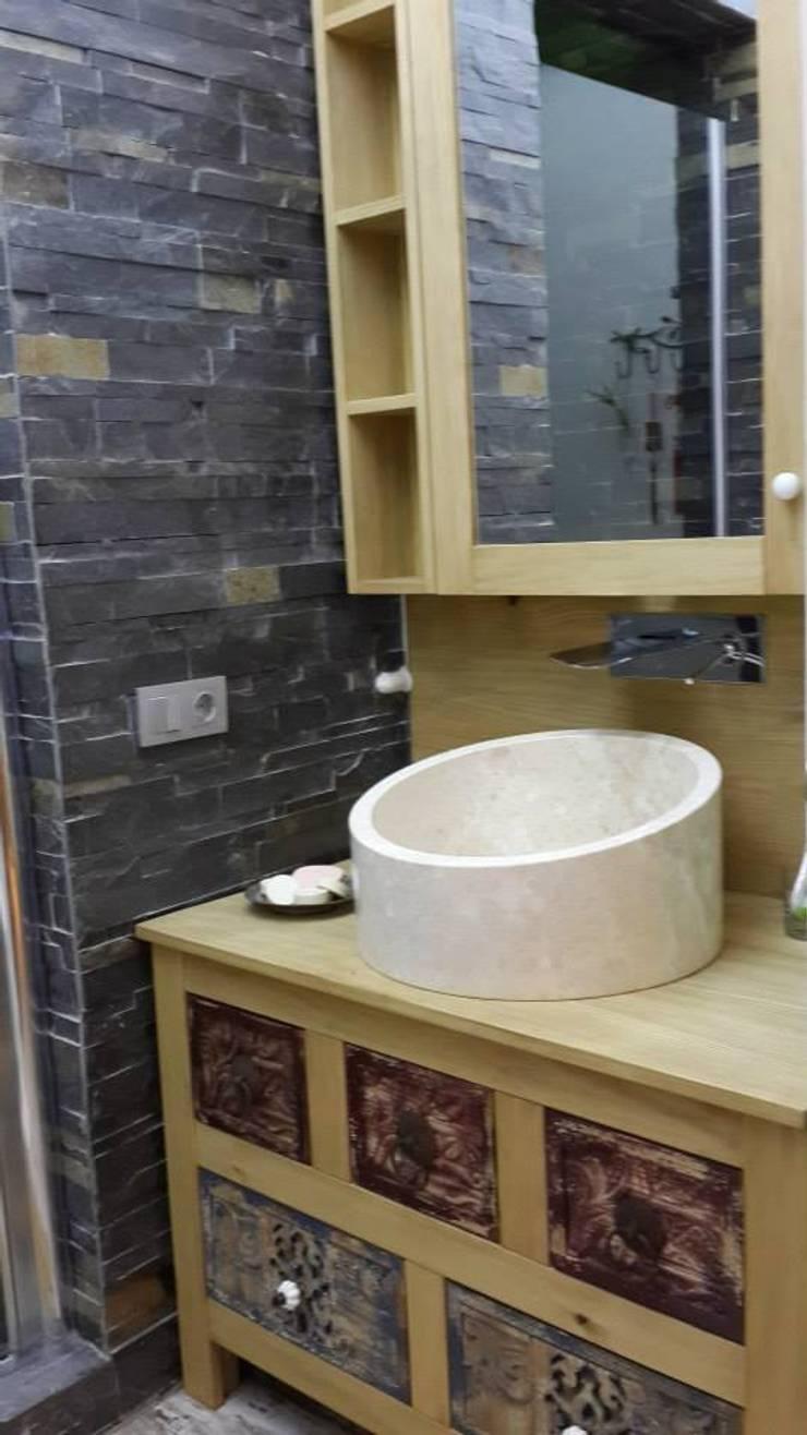 Bozantı Mimarlık – Nişantaşında Ev:  tarz Banyo, Modern