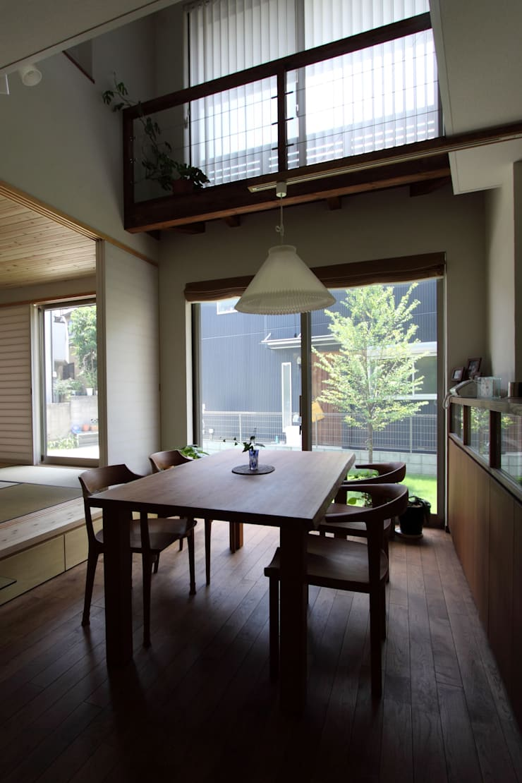 Scandinavian style dining room by アトリエグローカル一級建築士事務所 Scandinavian