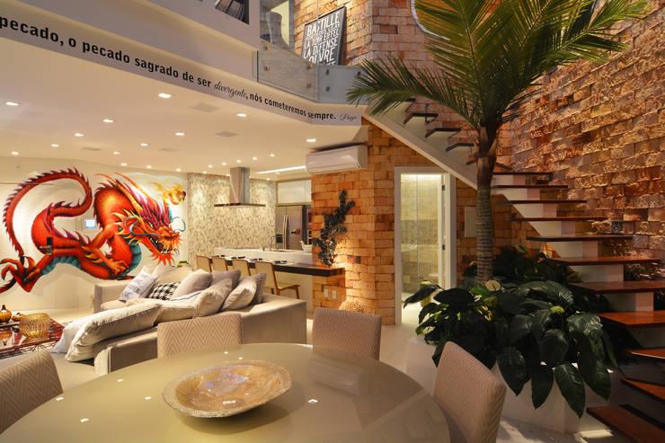 Salas / recibidores de estilo  por ANNA MAYA ARQUITETURA E ARTE