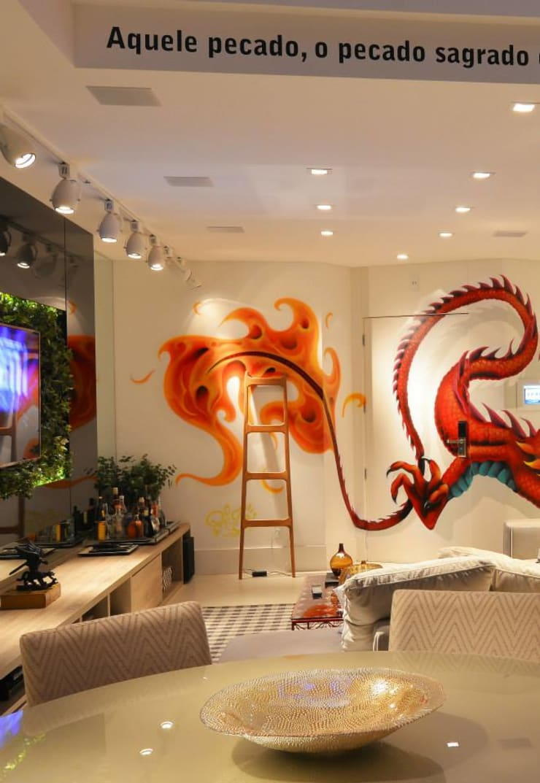 Loft Marine Home Resort: Salas de estar  por ANNA MAYA ARQUITETURA E ARTE,