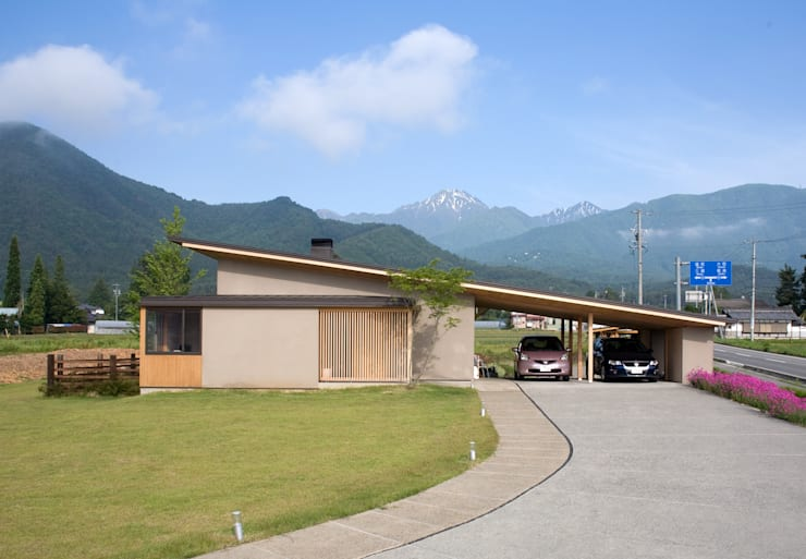 尾日向辰文建築設計事務所의  주택