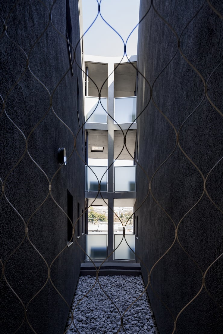 REUGE NOIR: U建築設計室が手掛けたテラス・ベランダです。