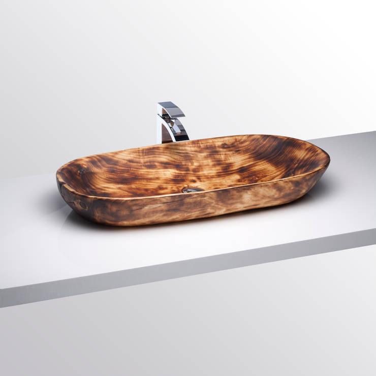 Holzwaschbecken Birke geflammt:  Badezimmer von Juan Martinez Carmelo
