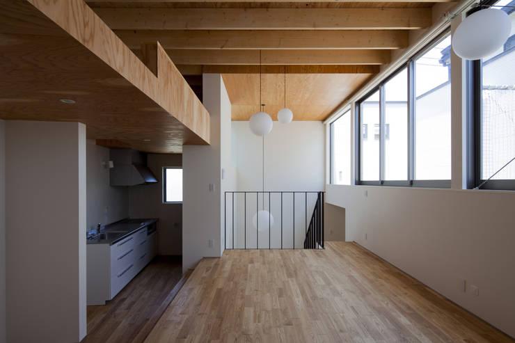 鶴見の家: U建築設計室が手掛けた和室です。