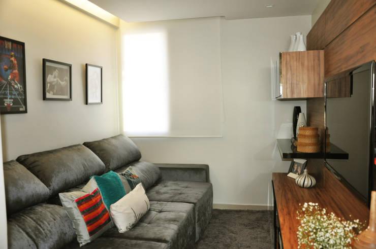 Home : Salas de estar modernas por Novità - Reformas e Soluções em Ambientes