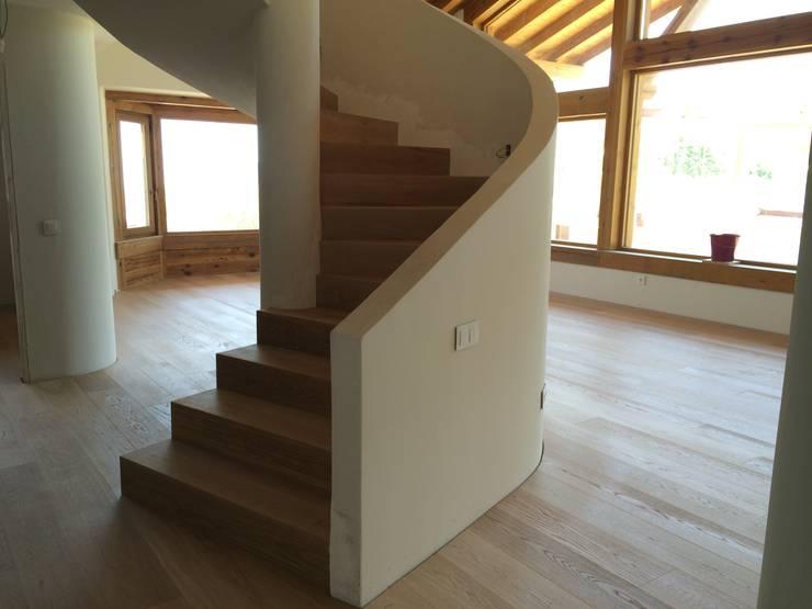 Salas de estar  por Manuel Monroy, arquitecto