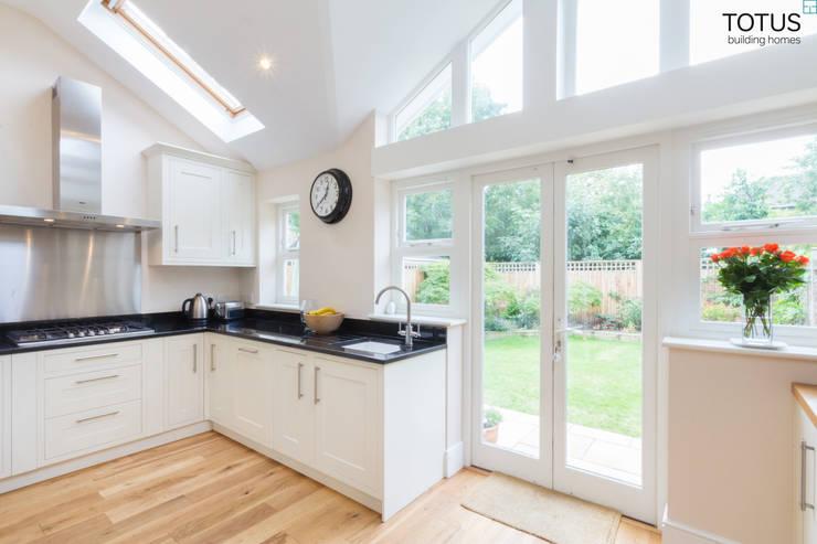 Loft Conversion, Sheen SW14: modern Kitchen by TOTUS