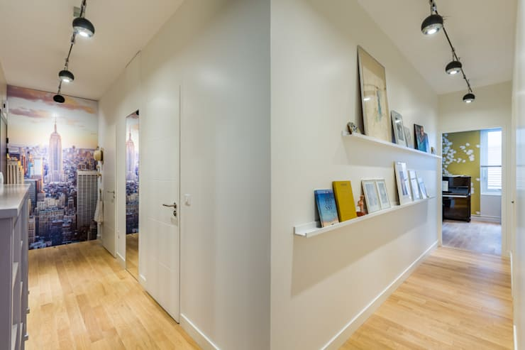 Corredor, hall e escadas  por EXPRESSION ARCHITECTURE INTERIEUR