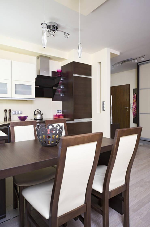 Nowoczesne mieszkanie w Krakowie: styl , w kategorii Kuchnia zaprojektowany przez ARTEMA  PRACOWANIA ARCHITEKTURY  WNĘTRZ ,Kolonialny