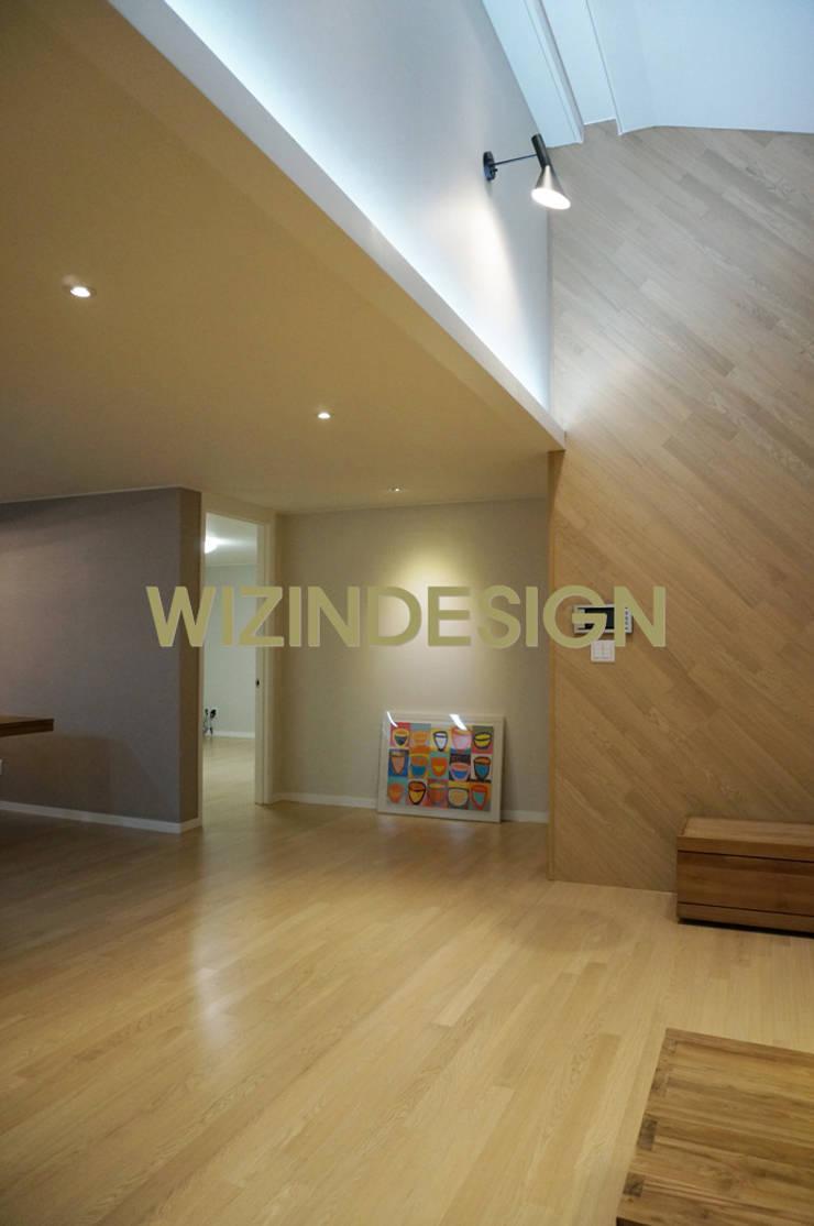 분당 정자 61평 아파트 : wizingallery의  거실,모던