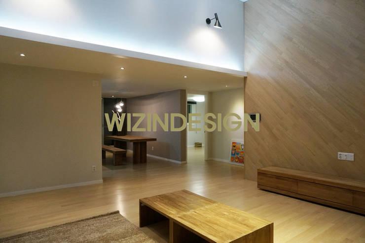분당 정자 61평 아파트 : wizingallery의  다이닝 룸,모던