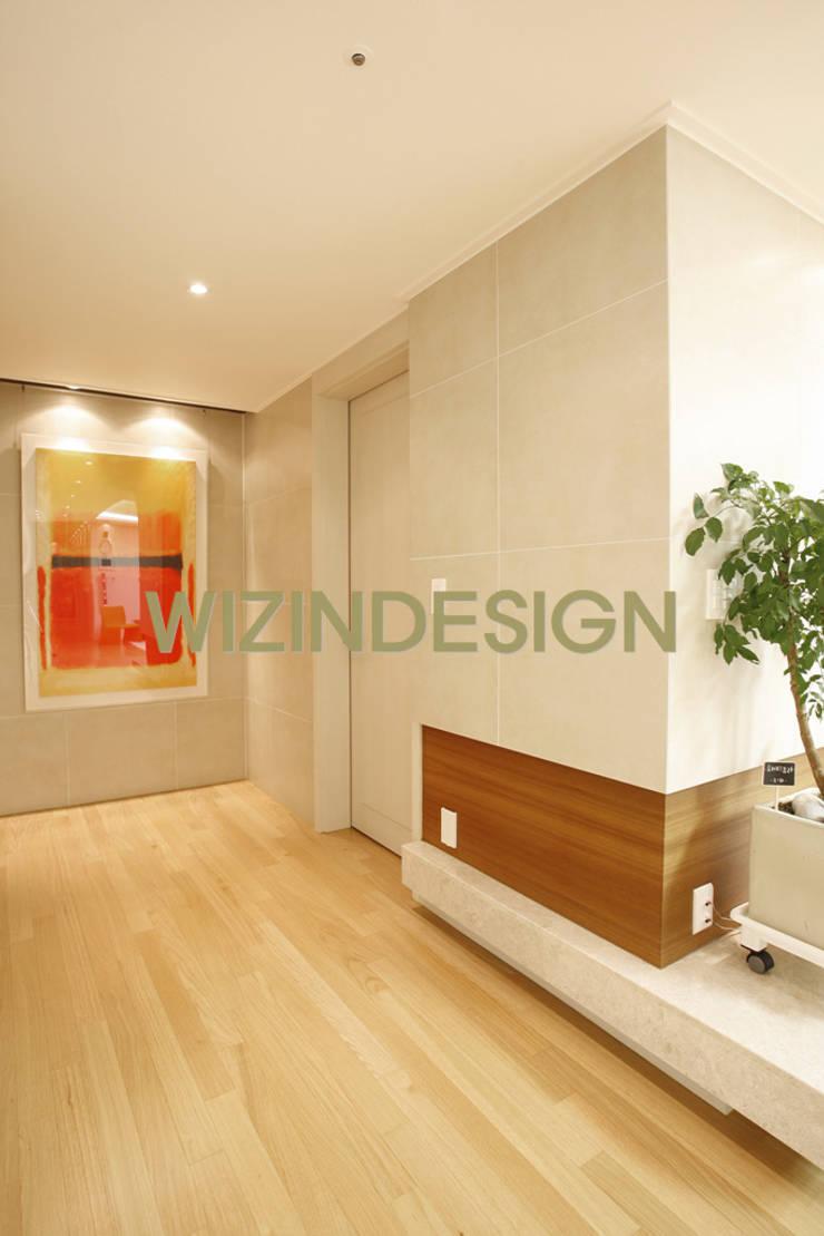 반포 래미안 72평 아파트 : wizingallery의  거실
