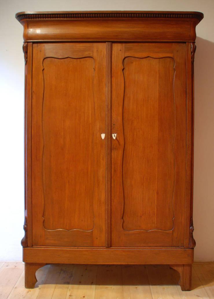 Eiken linnenkast :   door Smeerling Antiek & Restauratie, Klassiek Hout Hout