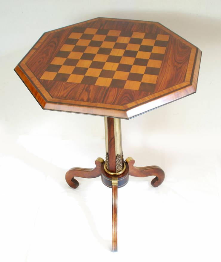 Oude schaaktafel:   door Smeerling Antiek & Restauratie, Klassiek Hout Hout