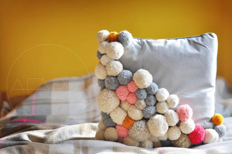 PODU pillow: styl , w kategorii Salon zaprojektowany przez AFABLA