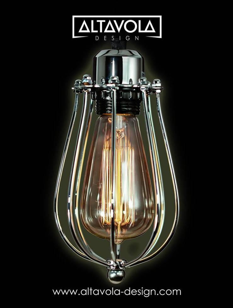Lampa wisząca KOPENHAGEN LOFT CHROM: styl , w kategorii Salon zaprojektowany przez Altavola Design Sp. z o.o.