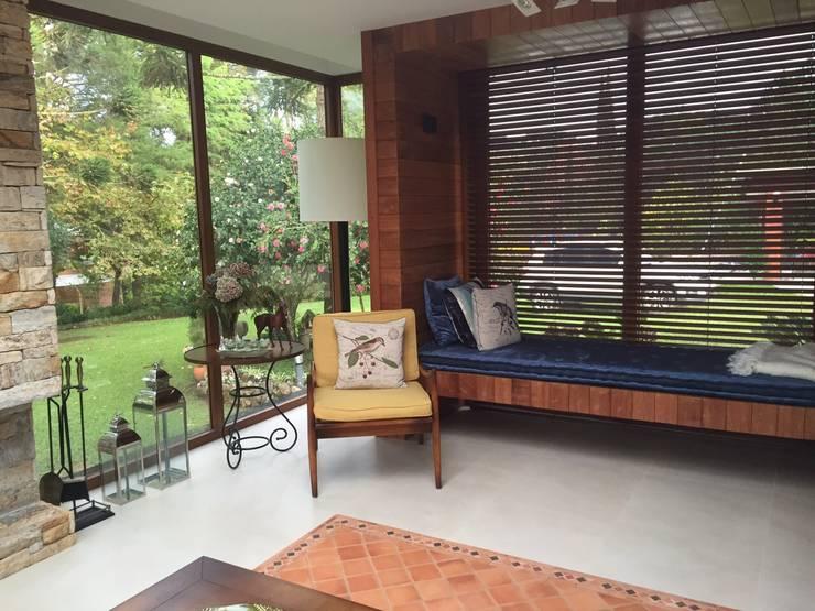 Casa de Campo :   por Henrique Lima Arquitetura
