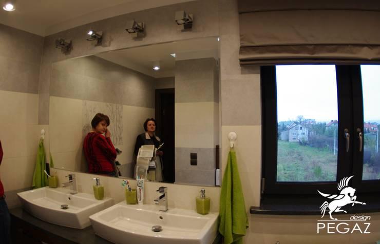 Łazienka rodzinna <q>eco</q>: styl , w kategorii Łazienka zaprojektowany przez Pegaz Design Justyna Łuczak - Gręda,Nowoczesny