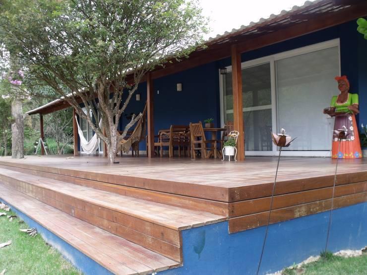 Casas de estilo  por Cristiane Locatelli Arquitetos & Associados