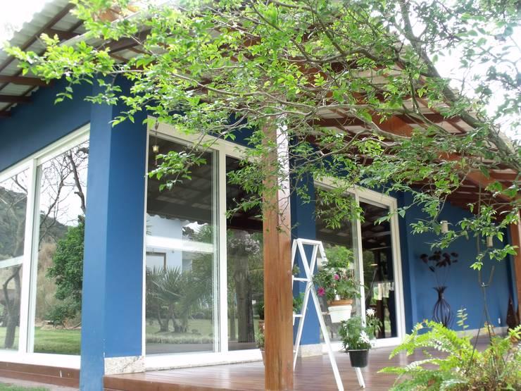 Área de Lazer: Casas  por Cristiane Locatelli Arquitetos & Associados