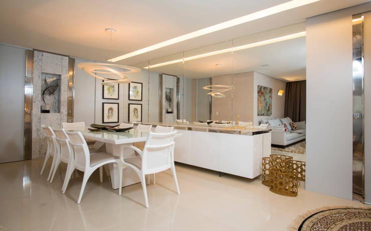 Apartamento Integrado: Salas de jantar  por EL ARQUITETURA E INTERIORES