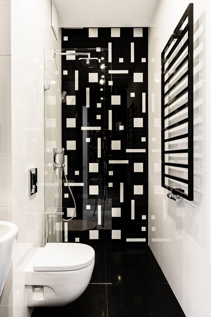 mieszkanie prywatne 3 pokoje czarno-białe – apartamenty na polanie – Gdynia : styl , w kategorii Łazienka zaprojektowany przez Anna Maria Sokołowska Architektura Wnętrz ,