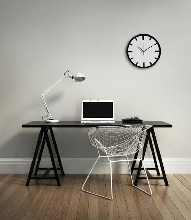 Scandi Clock - zegar drewniany 30 cm, biały: styl , w kategorii Domowe biuro i gabinet zaprojektowany przez Silva Design