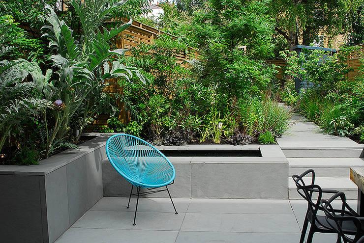 حديقة تنفيذ Josh Ward Garden Design