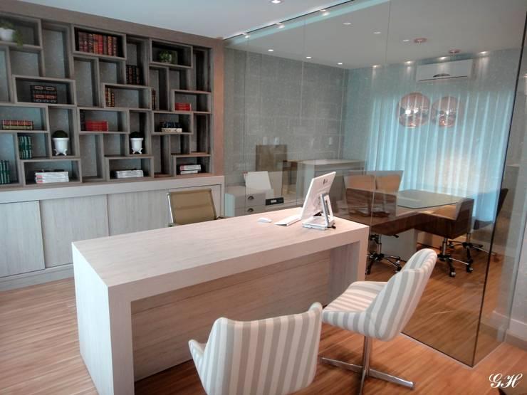Construtora Herde: Escritórios  por Gabriela Herde Arquitetura & Design