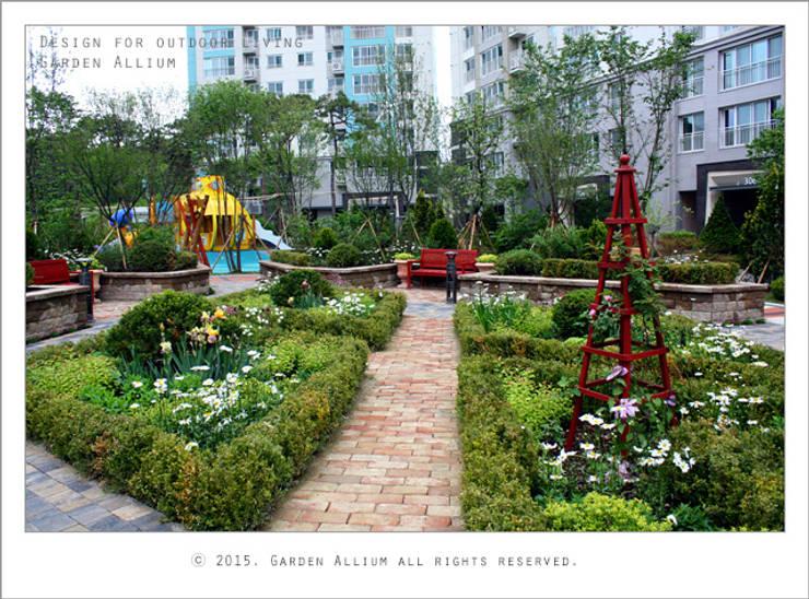 대우 죽동 푸르지오: Garden Studio Allium의  정원