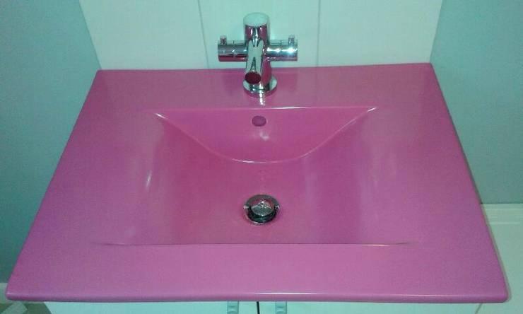 Umywalka meblowa - dowolny kolor: styl , w kategorii Łazienka zaprojektowany przez Nowa Droga W Standardach