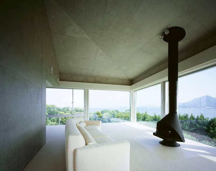 北側全景3: Guen BERTHEAU-SUZUKI  Co.,Ltd.が手掛けた和室です。,