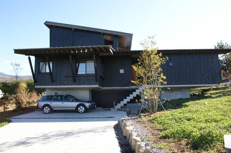 Дома в . Автор – kasahara, Модерн Дерево Эффект древесины