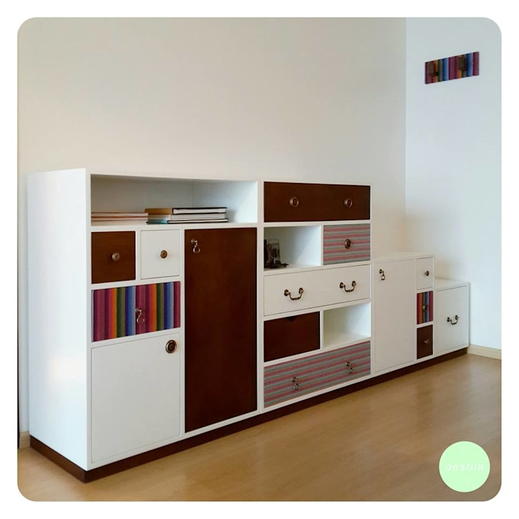 modern  by Pia Janzen, Modern
