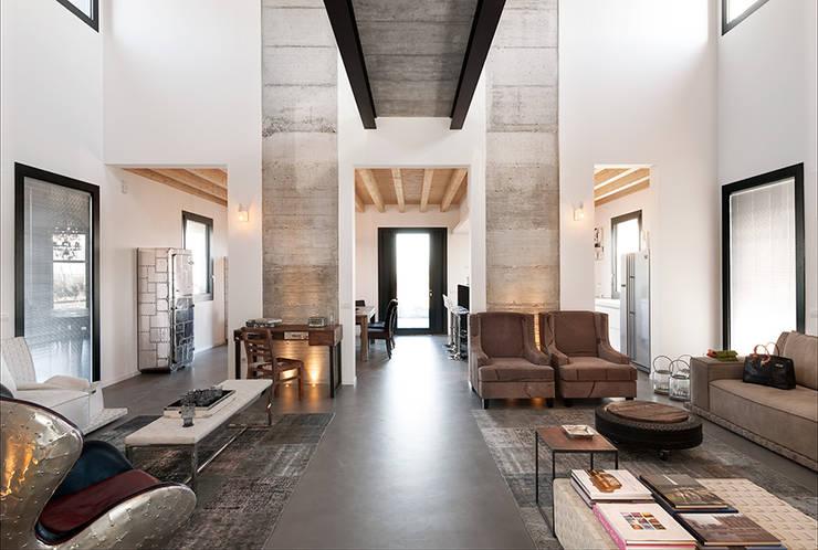 Salas de estilo  por Resin srl