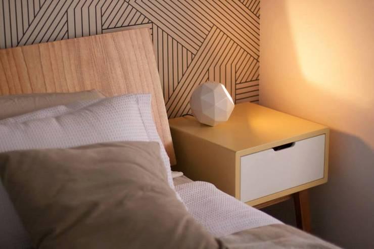 Objetos de decoración para interiores y exteriores: Dormitorios de estilo  por SUD
