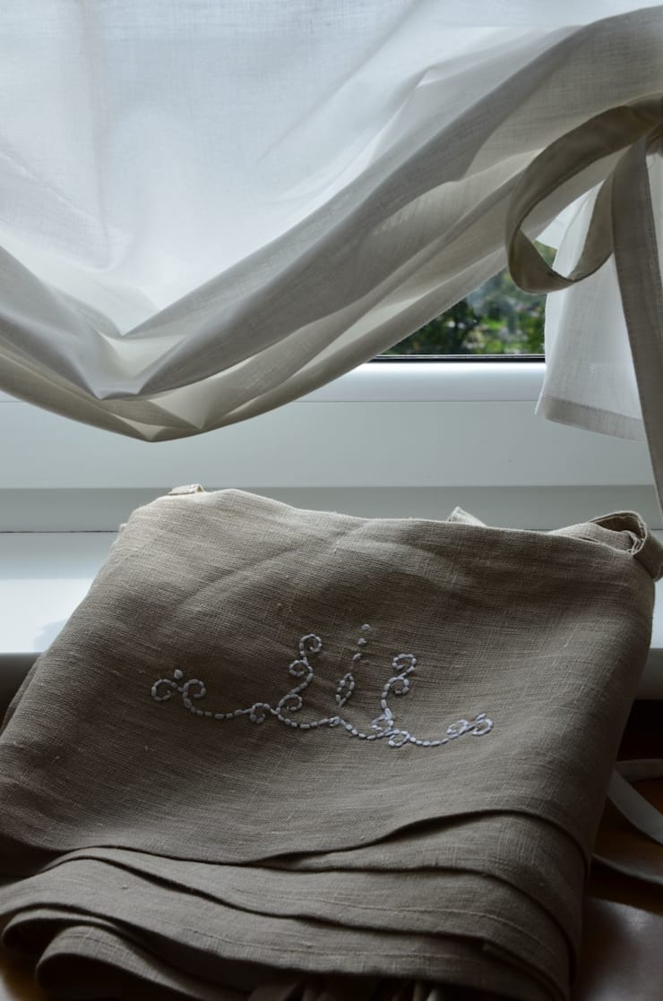 Dla dziecka, dekoracje stołu i okna: styl , w kategorii Salon zaprojektowany przez Maka Art