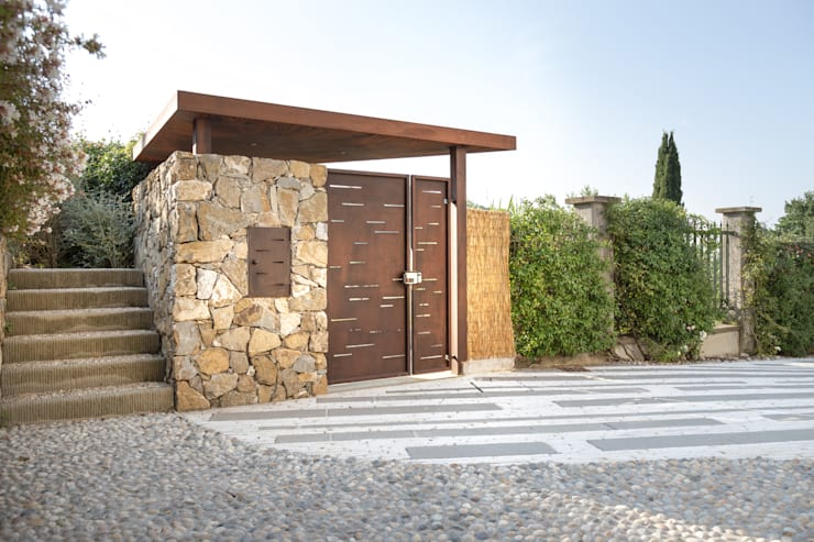 Casas de estilo  por Giuseppe Lunardini Architetto del Paesaggio