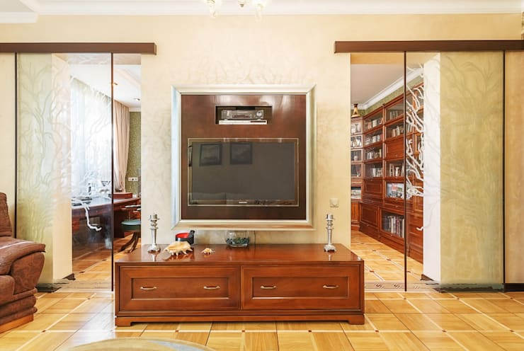 Salas de estilo clásico por homify