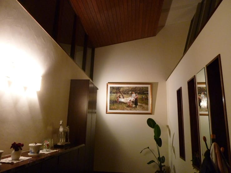 movie set: 株式会社誠風庵・大山一誠アトリエが手掛けた廊下 & 玄関です。